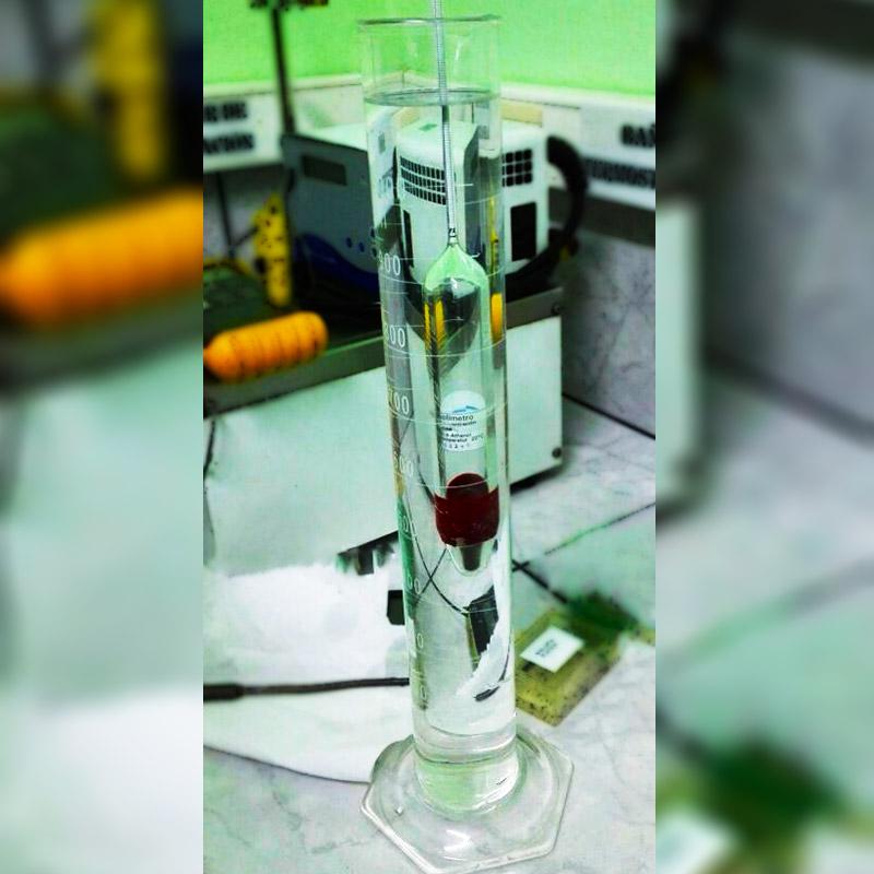 Calibración de instrumentos de densidad en Costa Rica